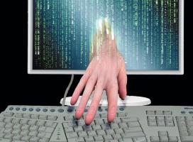 Haker odpowie za włamanie na konto Obamy