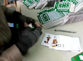 Tak się pracuje w Chinach – ludzie szybsi od automatów!