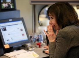 Informacji o firmach szukamy w serwisach społecznościowych
