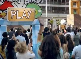 Viral Angry Birds podbił serca widzów. T-Mobile znów triumfuje
