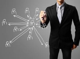 Jak promować się w mediach społecznościowych? Nowy poradnik Interaktywnie.com w grudniu