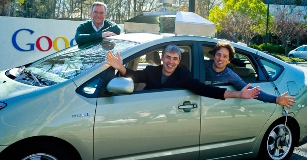 Eric Shmidt, Larry Page and Sergey Brin in a self-driving car on January 20, 2011 (fot. Google)
