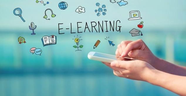 Większość polskich firm organizuje szkolenia stacjonarne, ale e-learning zyskuje na znaczeniu