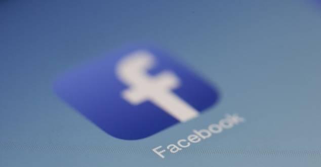 Jak zmiana algorytmu Facebooka wpłynie na wydawców?
