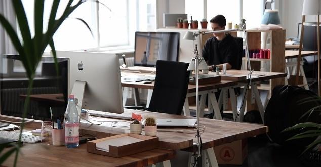 Praca zdalna to przyszłość rynku pracy