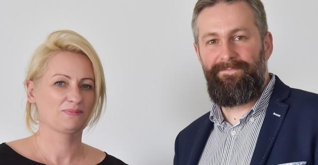 na zdjęciu: Monika Bronowska, CEO Netsprint i Dominik Czarnota, cofounder Way To-Grow (fot. materiały prasowe)