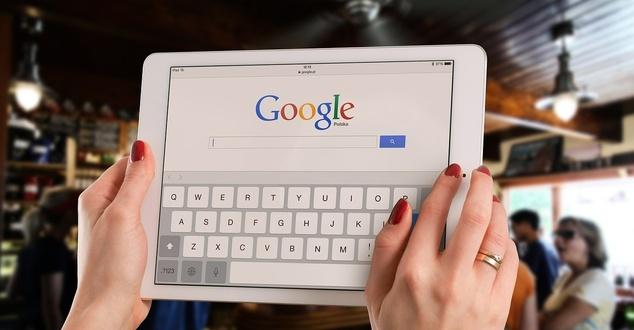 Google przechodzi na first price auction. Wyjaśniamy, co to jest i z czym się wiąże