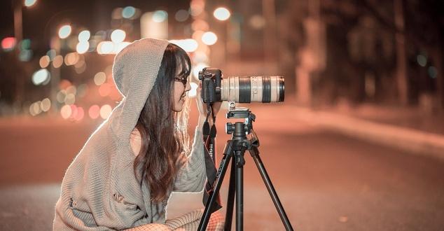aparat, fotograf, fot. trinhkien91, pixabay
