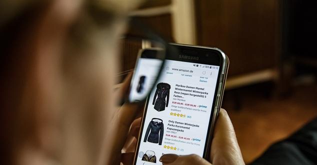 Polski sklep internetowy powinien obsługiwać klientów z zagranicy. Jeśli tego nie robi, łamie prawo