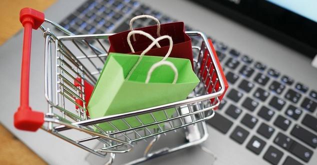 62 procent klientów sklepów internetowych porzuca koszyk. Oto wyniki badania