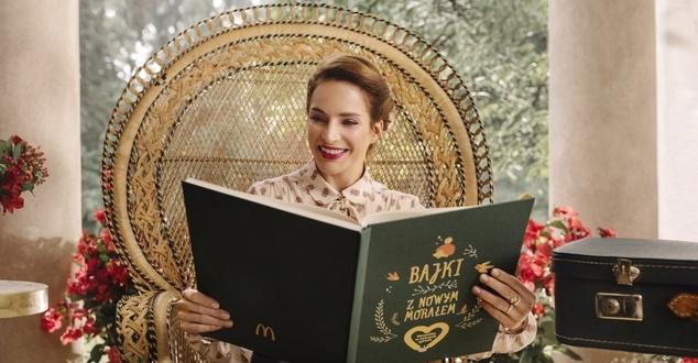Anna Dereszowska w nowej kampanii McDonald's czyta bajki