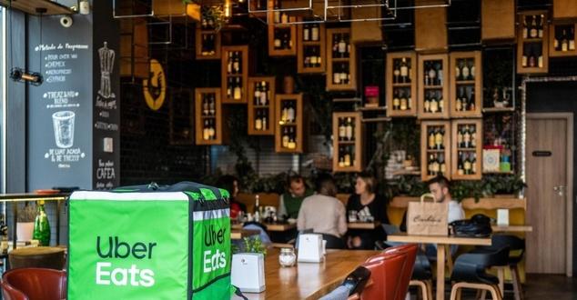 Uber Eats od 4 lat w Polsce. Posiłki zamówisz już z ponad 6 tys. restauracji [infografika]