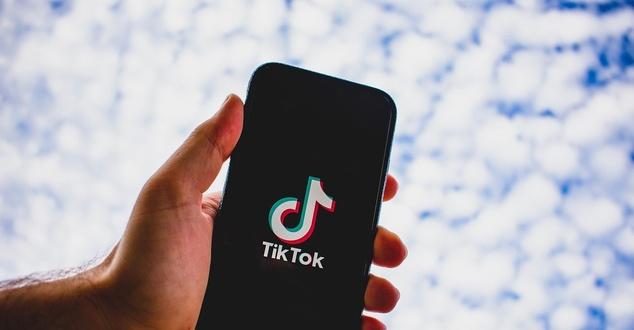 TikTok rozwija narzędzia reklamowe. Personalizacja jest kluczowa