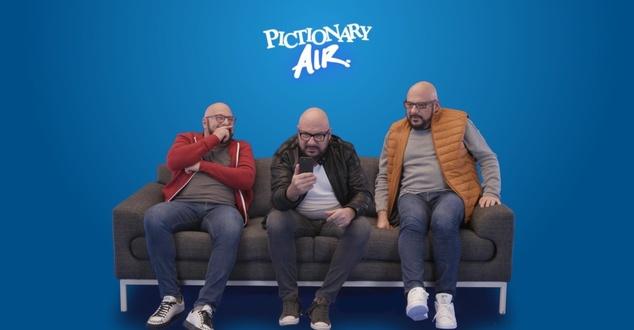 Piotr Gąsowski w kampanii Pictionary Air. Aktor mierzy się z rysowaniem hamburgera i baletnicy