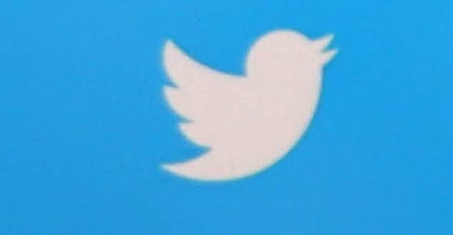 Twitter | Joshua Hoehne | Unsplash