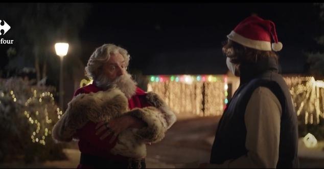 Kampania świąteczna Carrefour. Sieć będzie wspierać Mikołaja