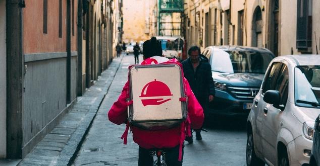 Branża delivery w 2020 i 2021 roku, czyli obecne i przyszłe zmiany na tym rynku