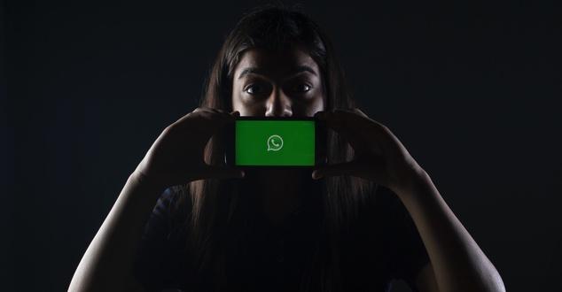 Czy to już całkowity koniec prywatności na WhatsAppie? Zyskują alternatywne komunikatory. Który wybrać?