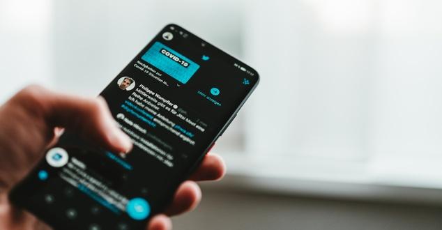 Twitter uruchamia usługę subskrypcyjną. Jakie funkcje będzie miał Twitter Blue?