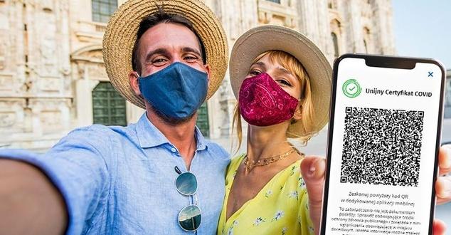 Aplikacja Unijny Certyfikat Covid już dostępna. Skąd pobrać paszport covidowy i jak działa?