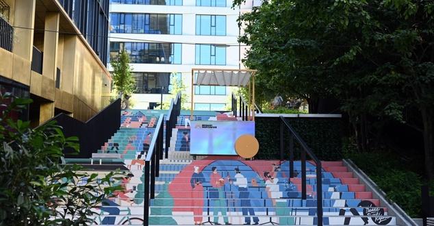 schody, miasto, fot. Browary Warszawskie