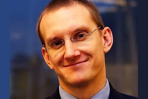 Marcin Pery: Nieważne, czy mobile zarabia. Trzeba w nim być