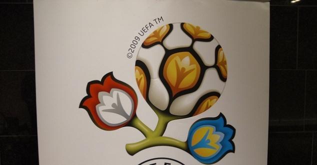 Mecze Euro 2012 na żywo w sieci. Albo w TVP.pl, albo nielegalnie