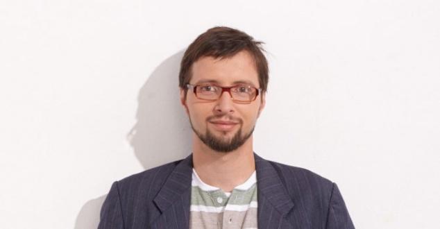 Na zdjęciu Paweł Knapik (fot. Lemon Sky JWT)