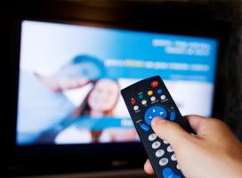 Coraz więcej Amerykanów zamienia telewizyjny pilot na komputerową mysz