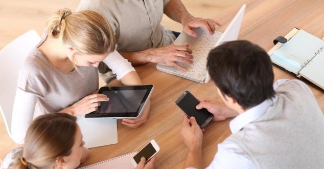 Już 60,4 procent ruchów w sieci dotyczy smartfonów i tabletów. W mobile trzeba inwestować