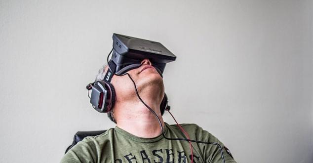 Oculus Rift - zagadkowa inwestycja Facebooka