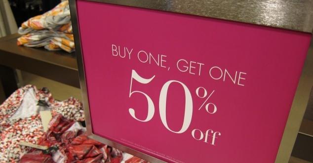 E-sklepy kuszą noworocznymi wyprzedażami, ale ceny AGD idą w górę